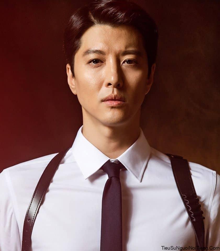 Tiểu sử Lee Dong Gun